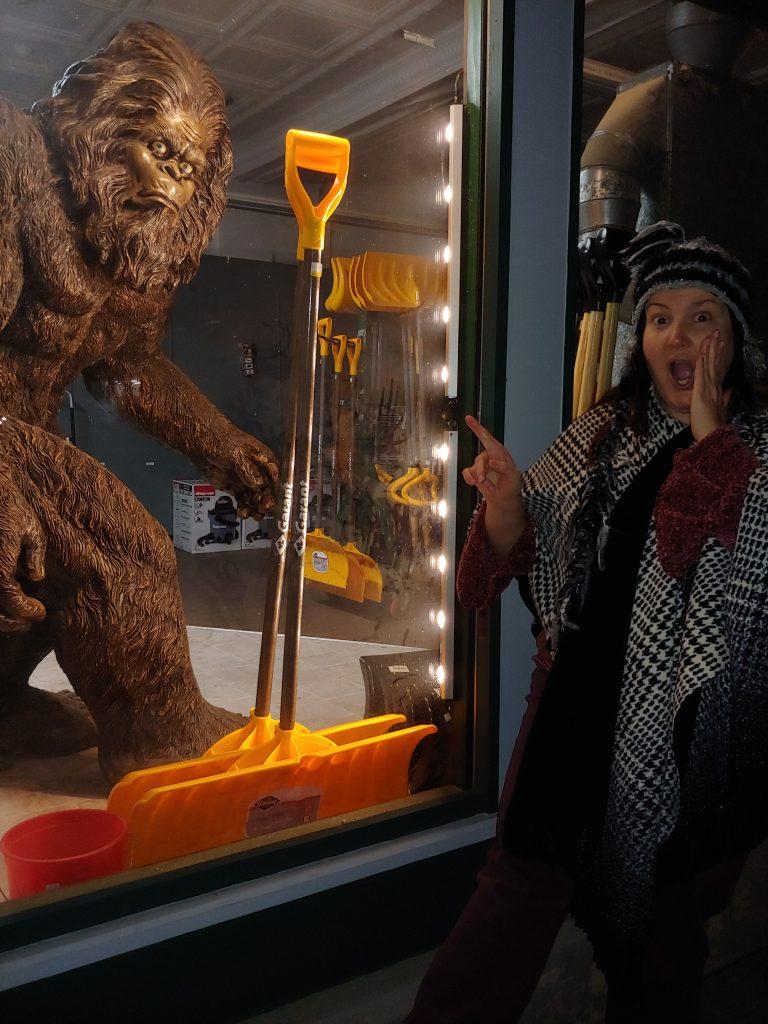 Jennifer Wielt meets Bigfoot